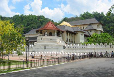 Kandy_Temple_Columbus_tours
