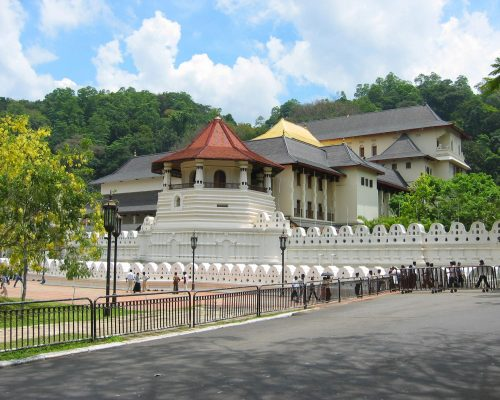Kandy_Temple_Columbus_tours