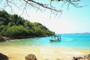 Rumassala-Jungle-Beaches